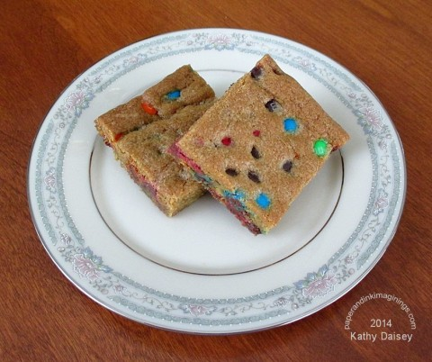 m m tollhouse cookie bars