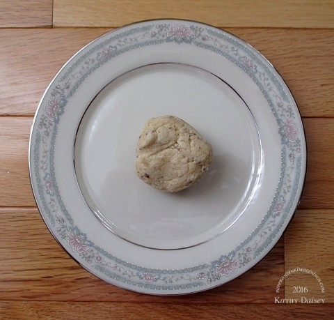 russian-tea-cakes-dough-ball-for-offspring